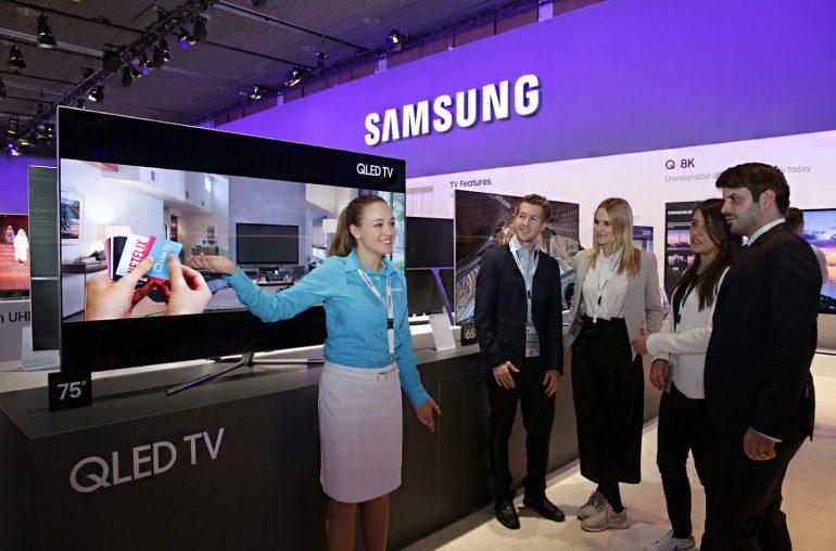 Premium smart TV