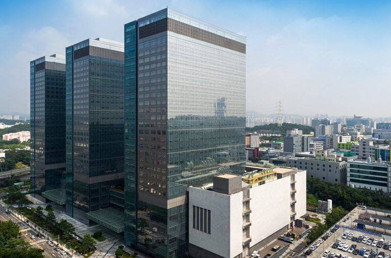 Samsung Semiconductor Business