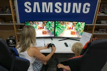 Survey Samsung QLED gaming monitor